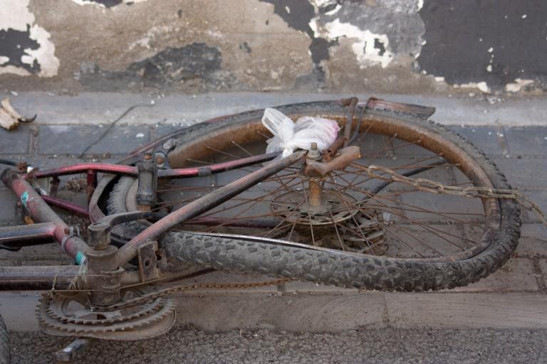 This Beijing bicycle has definitely seen better days. © Timothy Van Gardingen