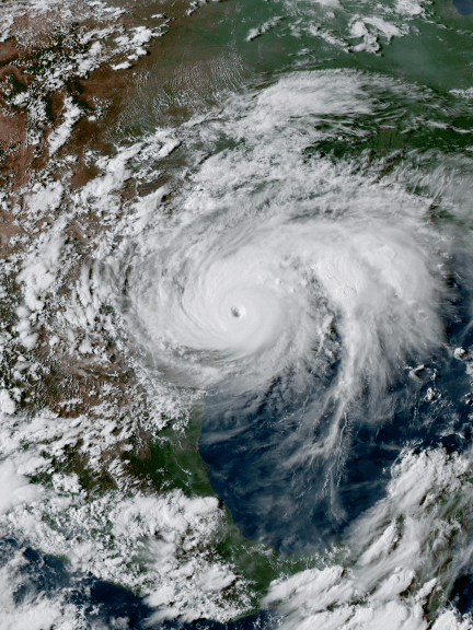 Hurricane Harvey near the coast of Texas at peak intensity late on August 25, 2017. (Photo: satellite/public domain)