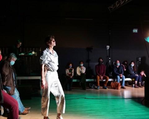 Agata Masziewicz performs Taki Pejzaz at the Loft during the Off Europa Festival, photo: Grit Friedrich