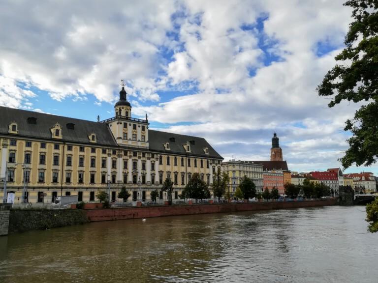 River Orda flowing through Wroclaw