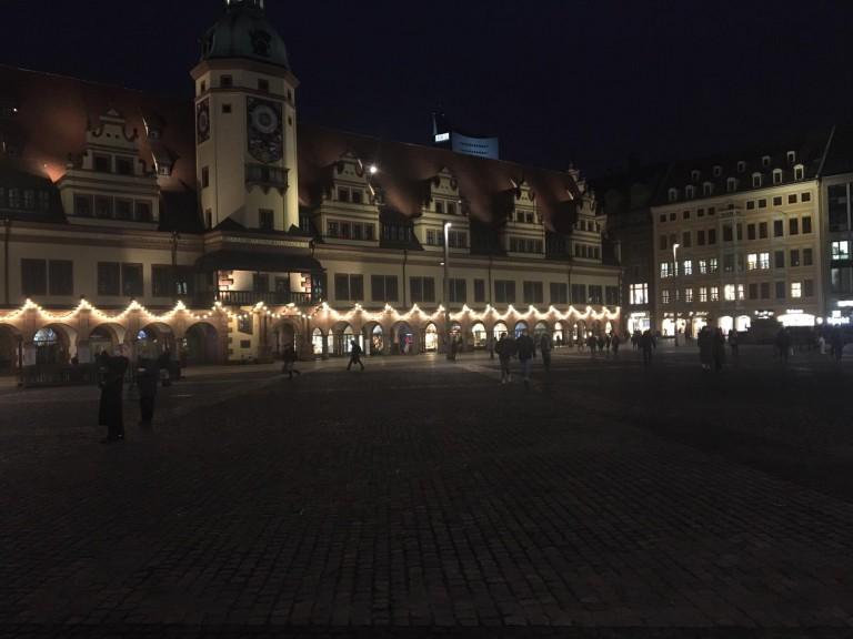 covid christmas town square leipzig