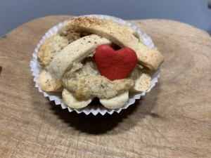 Leipziger Lerche with heart specialty pastry from Leipzig