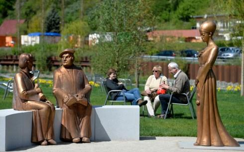 """Westendpark - neben dem Schloss gibt es drei weitere Standorte der Schau, ehemalige Industriebrachen ... Die 3. Thueringer Landesgartenschau """"GartenZeitReise"""" findet 2015 in Schmalkalden statt. Foto: Volkmar Heinz / volkmar@heinz-report.de"""