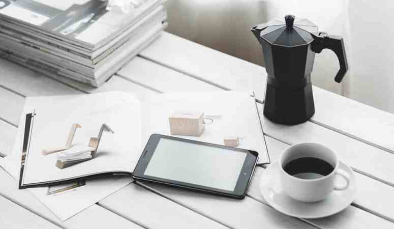 12 Ways You Benefit When You Choose E-Books