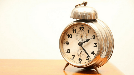 If you're that person who always shows up late to events and appointments, here's how to turn it around and never be tardy again!