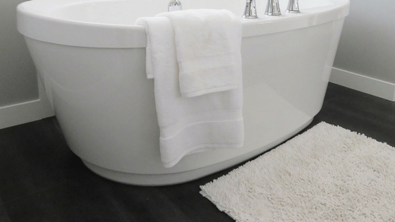 Bathtub and bath mat—Dirty things in your home