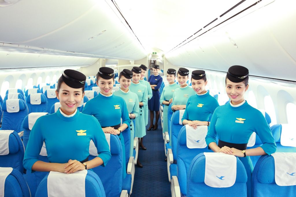 厦门航空:从温哥华回国体验