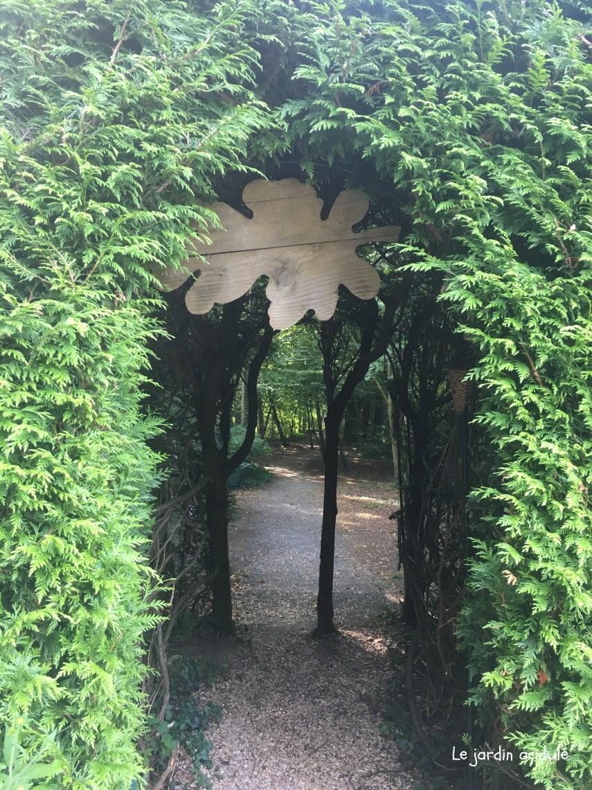 Cabanes dans les arbres2860