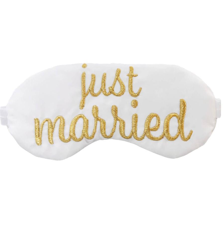 honeymoon, honeymoon wardrobe, fashion, wedding fashion, white wardrobe