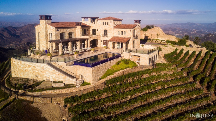 Malibu Rocky Oaks Vineyards, weddings in Malibu, wedding destination, the coolest spot to get married