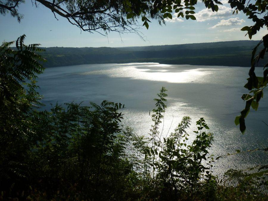 Masaya et son lac au Nicaragua