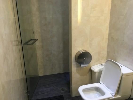 チャンギSATSラウンジシャワートイレ