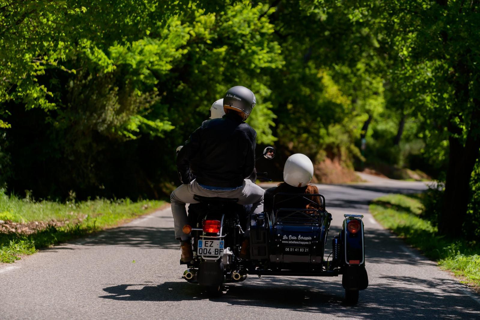 Balade en side-car autour de la Sainte-Victoire