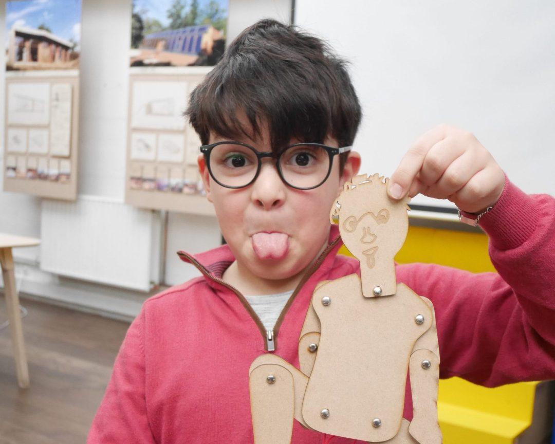 atelier enfant pantin bois