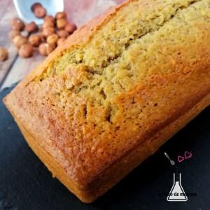Gâteau au yaourt et noisettes companion