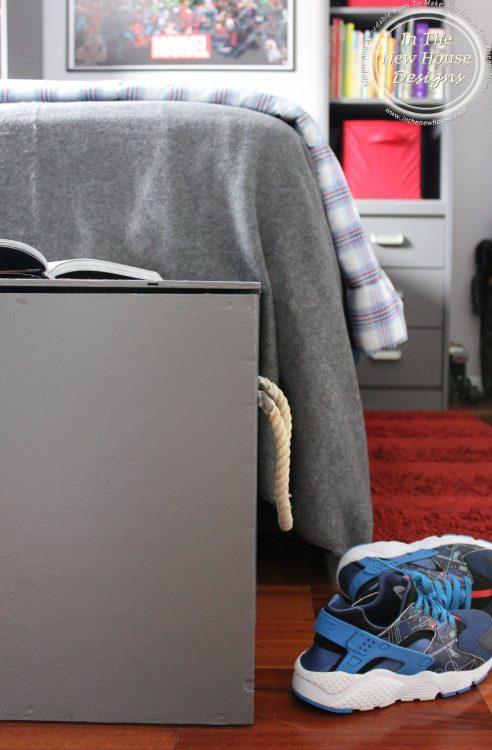 organized kid bedroom