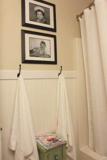 Black and White Modern Farmhouse Small Bathroom