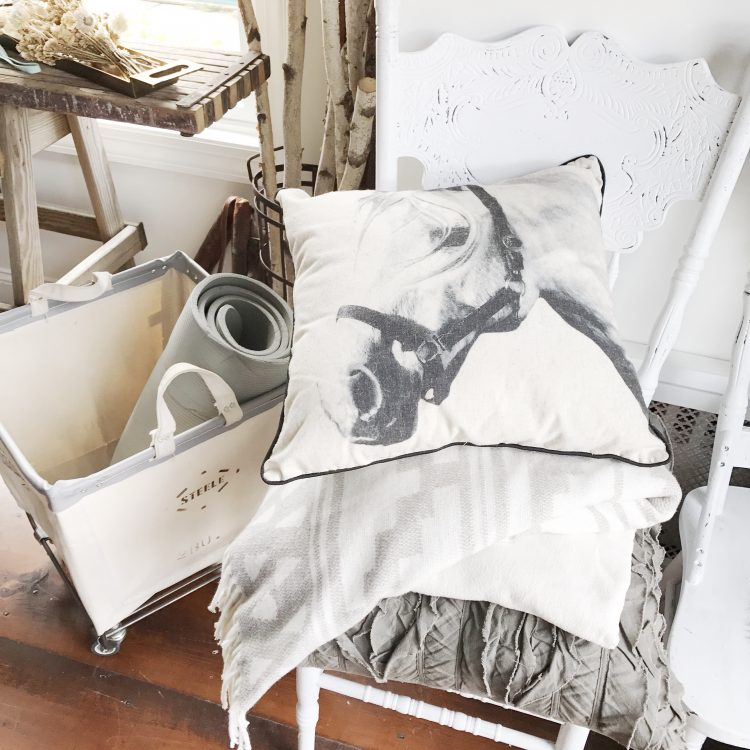 rustic farmhouse style western french country