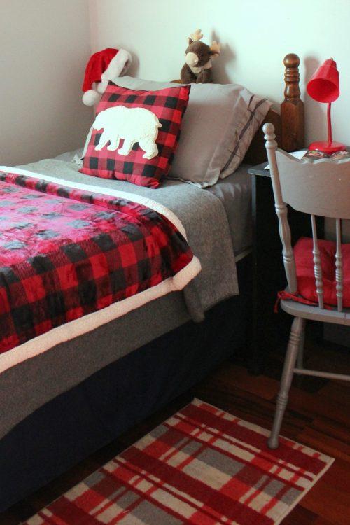 buffalo plaid bed for kids christmas decor