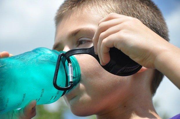 Proses Produksi Air Minum dalam Kemasan
