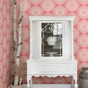 3117-12305 Brewster Wallcovering Chesapeake The Vineyard Bolinas Medallion Wallpaper Room Setting
