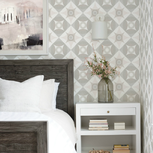 2821-25133 Brewster Wallcovering A Street Prints Folklore Ellis Geometric Wallpaper Light Brown Room Setting