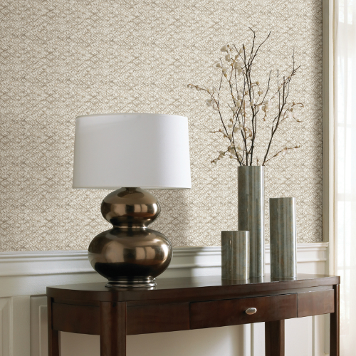 2838-IH2207 Brewster Wallcovering Decorline Vista Delilah Diamond Wallpaper Taupe Room Setting