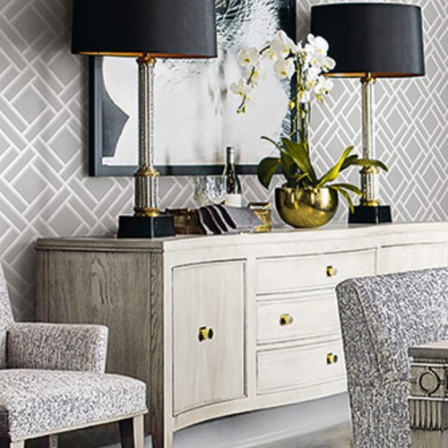 LN11508 Seabrook Wallcoverings Lillian August Luxe Retreat Block Lattice Wallpaper Cove Grey Room Setting