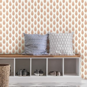 FH4066 York Wallcoverings Simply Farmhouse Paisley on Calico Wallpaper Orange Room Setting