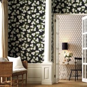 RI5146 York Wallcoverings Rifle Paper Co Hydrangea Wallpaper Black Room Setting