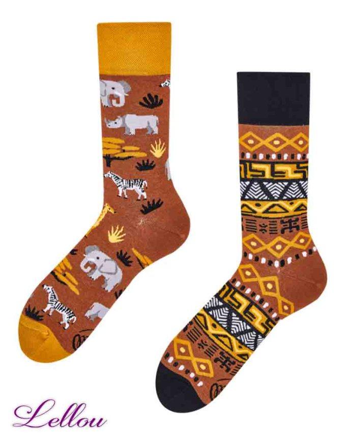 Chaussettes dépareillées Safari Socks amusantes et drôles. La vie est trop courte pour des chaussettes ennuyeuses! Production Europe
