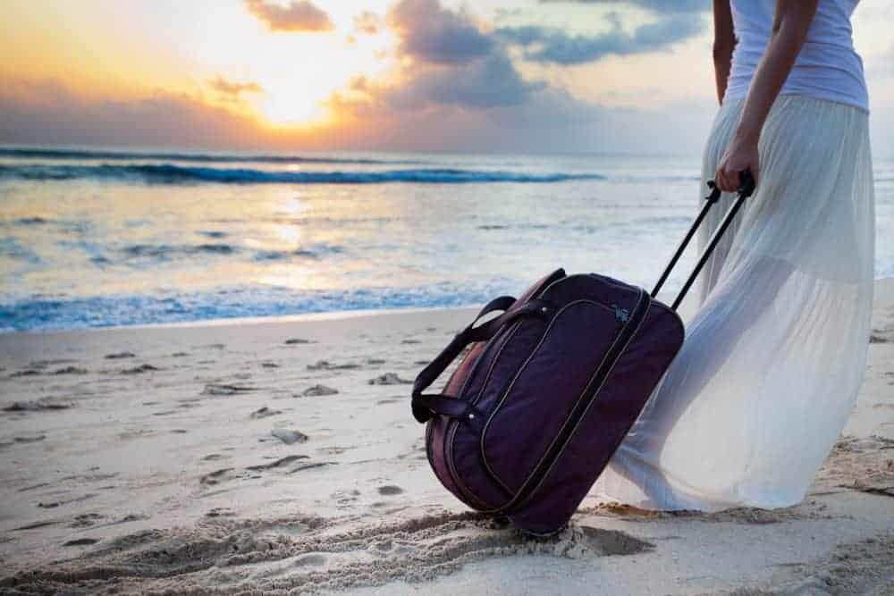 What to pack for a yoga retreat. Yoga retreat packing list.
