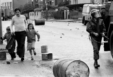 Irlande du Nord. Belfast. 1979. Peter Marlow.