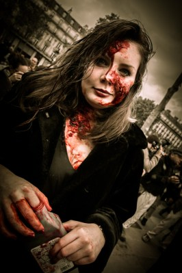 le-mag-de-poche-wordpress-image-zombie-walk-paris-2013 (12)