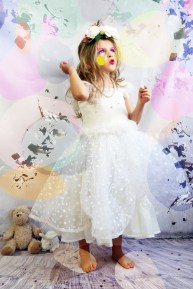 robe; fille; créateur
