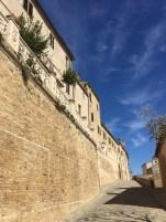 #lemarchemagic #medievalvillages #lemarche #Maglianoditenna #Magliano #castles #Moresco