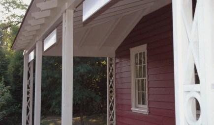 Jedediah Higgins House - Exterior Porch cc-by lemasney