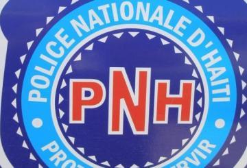 Haïti: Cinq individus lourdement armés appréhendés aux Cayes par la PNH 6