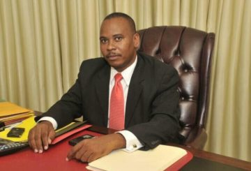 Rareté de carburant: Le Sénateur Nenel Cassy, grand propriétaire de pompes à essence, s'enrichit au détriment de la population 4