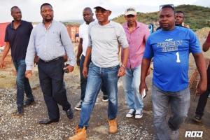 Nord-Ouest : Le DG Agabus Joseph a visité le chantier de la construction de l'hôpital de L'OFATMA 1