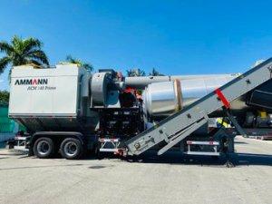 Haïti: Jovenel Moïse a distribué un lot d'équipements au MTPTC 2