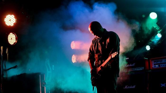 Mogwai-live-2014