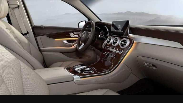 Mercedes-Benz GLC L with a 12.3-inch full LCD instrument panel