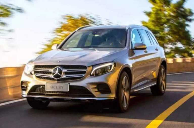 Mercedes-Benz GLC L_sideview driver's side