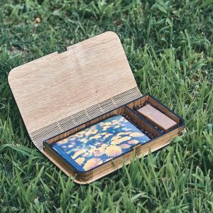 Cutie lemn Stejar cu loc pentru fotografii 10×15 cm si stick