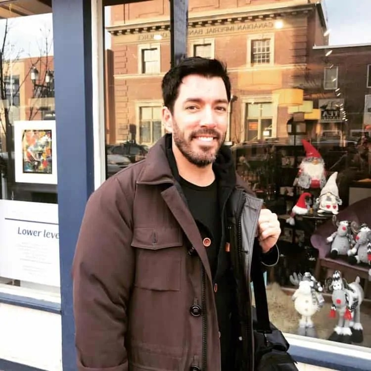 Drew Scott from Property Brothers at Lemonceillo Home