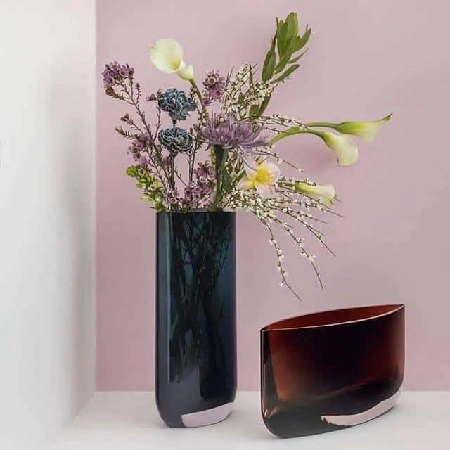 Nude Glass Blade Vase