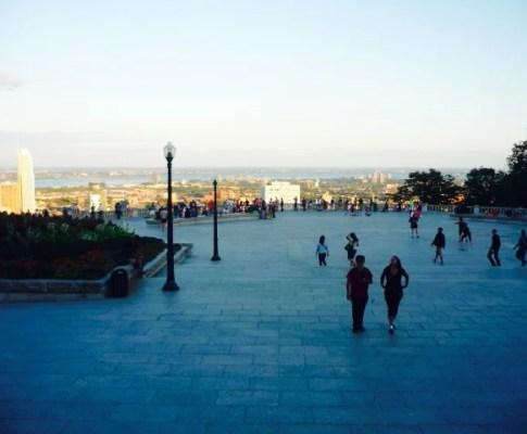 Mes premiers pas en tour du monde: Montréal en été