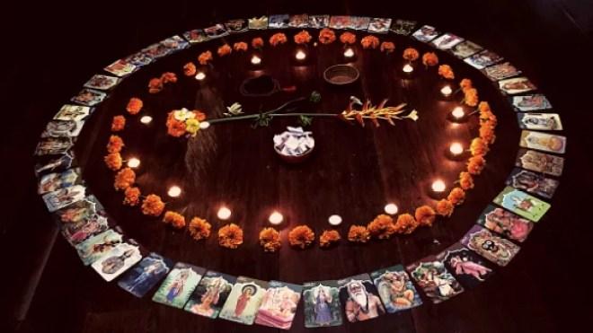 bali: cercle de femme