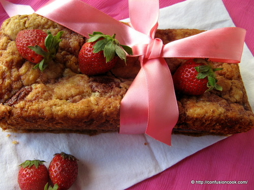 Eggless Roasted Strawberry Pound Cake